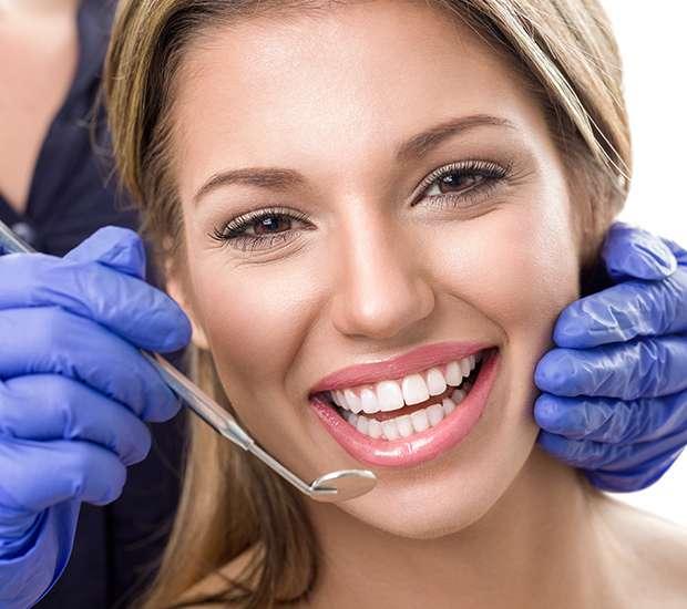 Round Rock Teeth Whitening at Dentist
